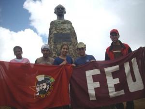Kubanische Studenten fordern auf dem Pico Turquino, 1974 m, dem höchsten Berg Kubas, die Freiheit der Cuban Five